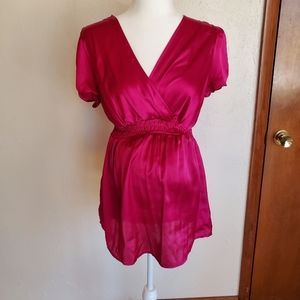 Fuschia cross front top